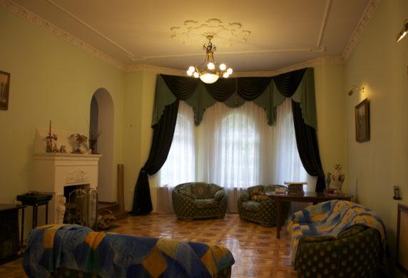 Дом 360 кв.м вАпрелевке